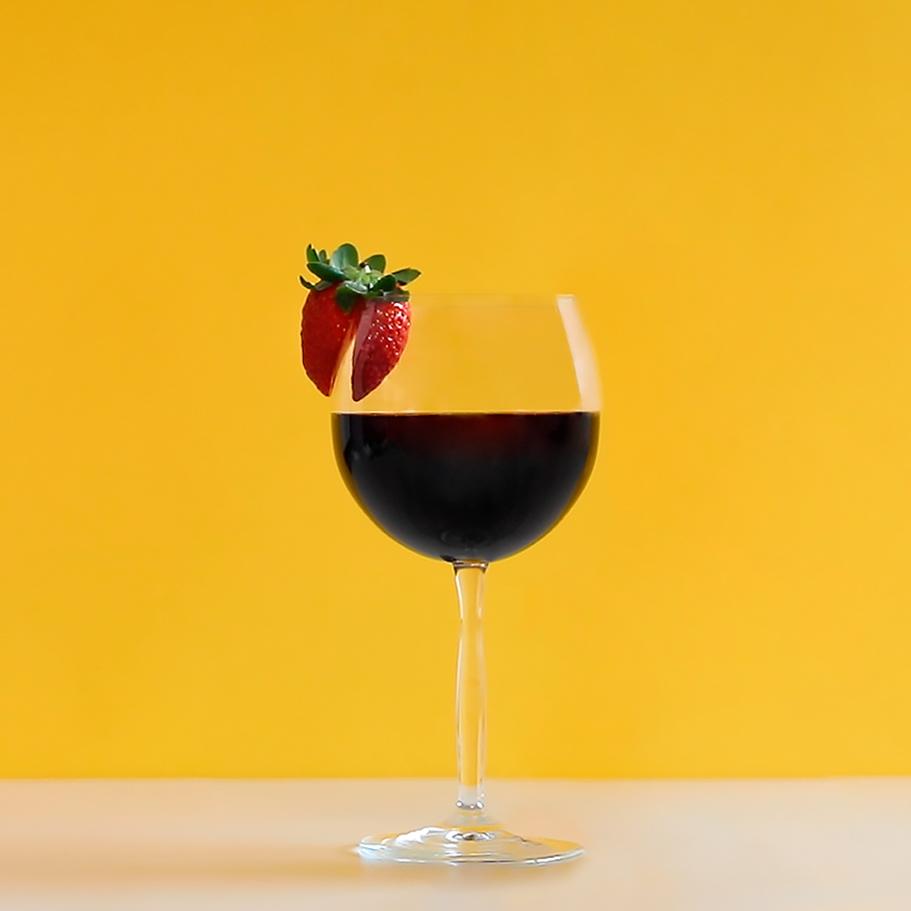receita de drink com vinho tinto da evino